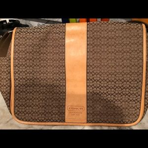 AUTHENTIC Coach Messenger bag with tags